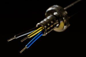 Rozwiązania praktyczne w zakresie instalacji elektrycznej
