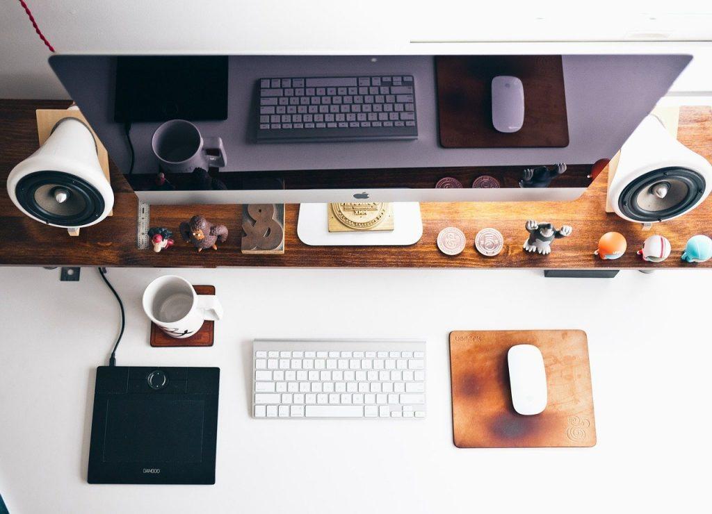 Jakie korzyści przynosi oprogramowanie dla firm?